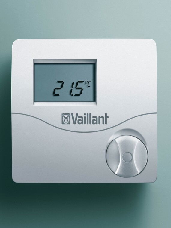 //www.vaillant.hr/media-master/global-media/vaillant/product-pictures/emotion/control05-1301-03-40546-format-3-4@570@desktop.jpg